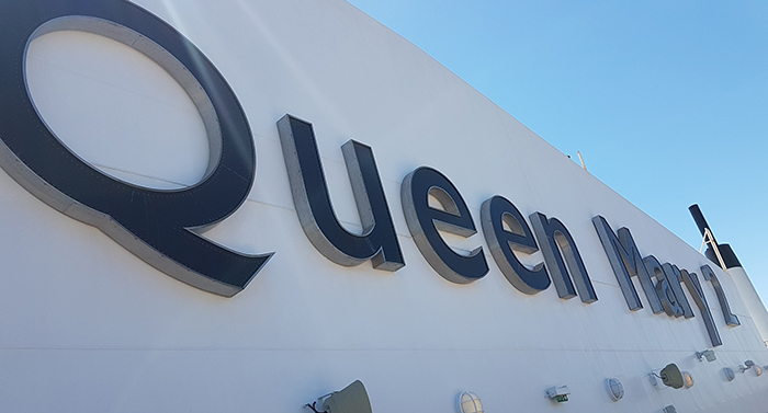 PICTURES: Inside Queen Mary 2