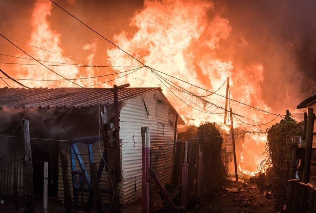Fire in Imizamo Yethu razes 100 shacks