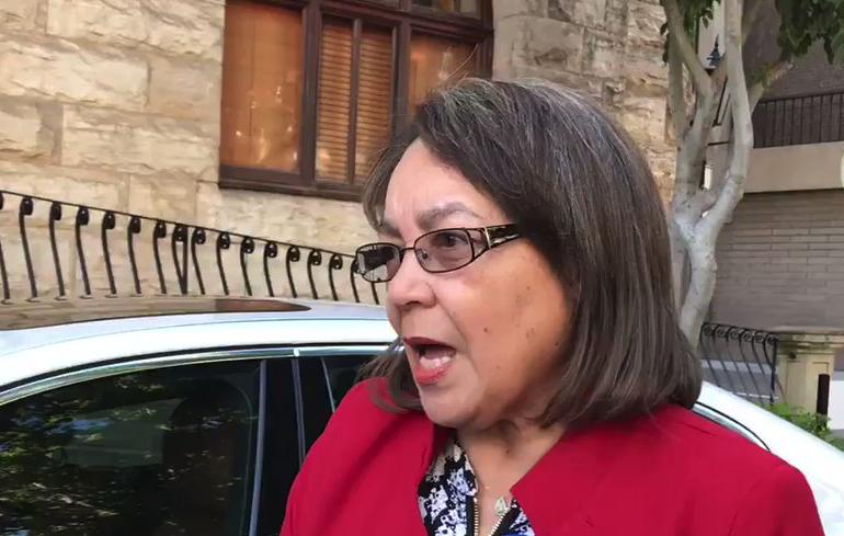 De Lille denies that Cape Town will foot her legal bills