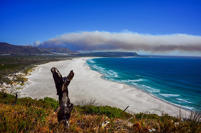 Fire breaks out at Cape Point