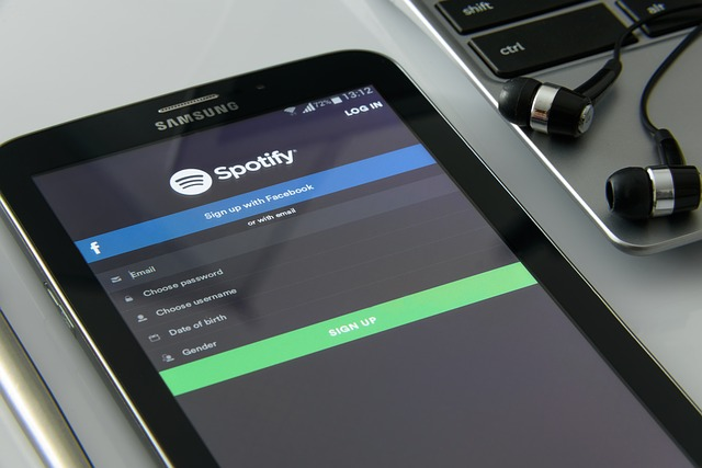 Spotify goes live in SA