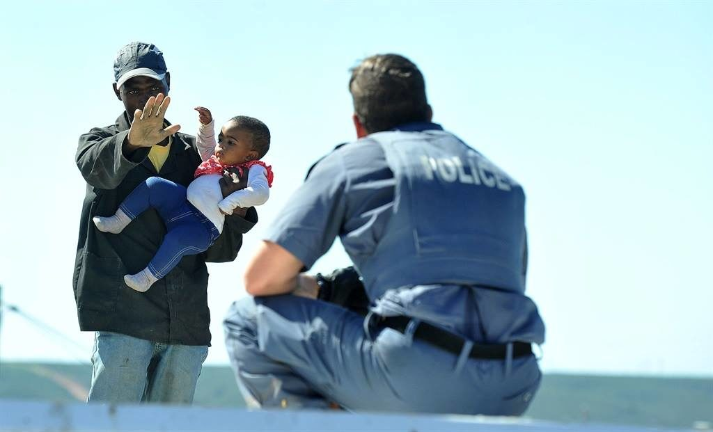 Port Elizabeth father tosses one-year-old daughter from roof