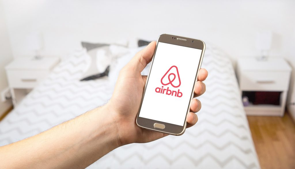 Airbnb injects R5-billion into Western Cape economy