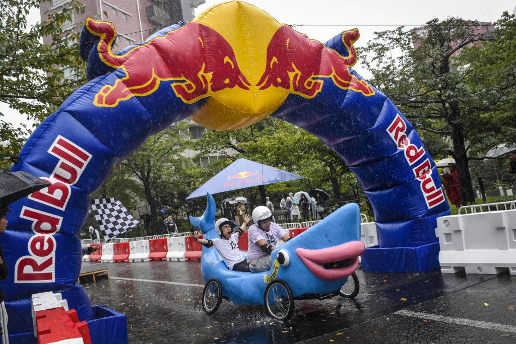 Red Bull's Box Cart Race