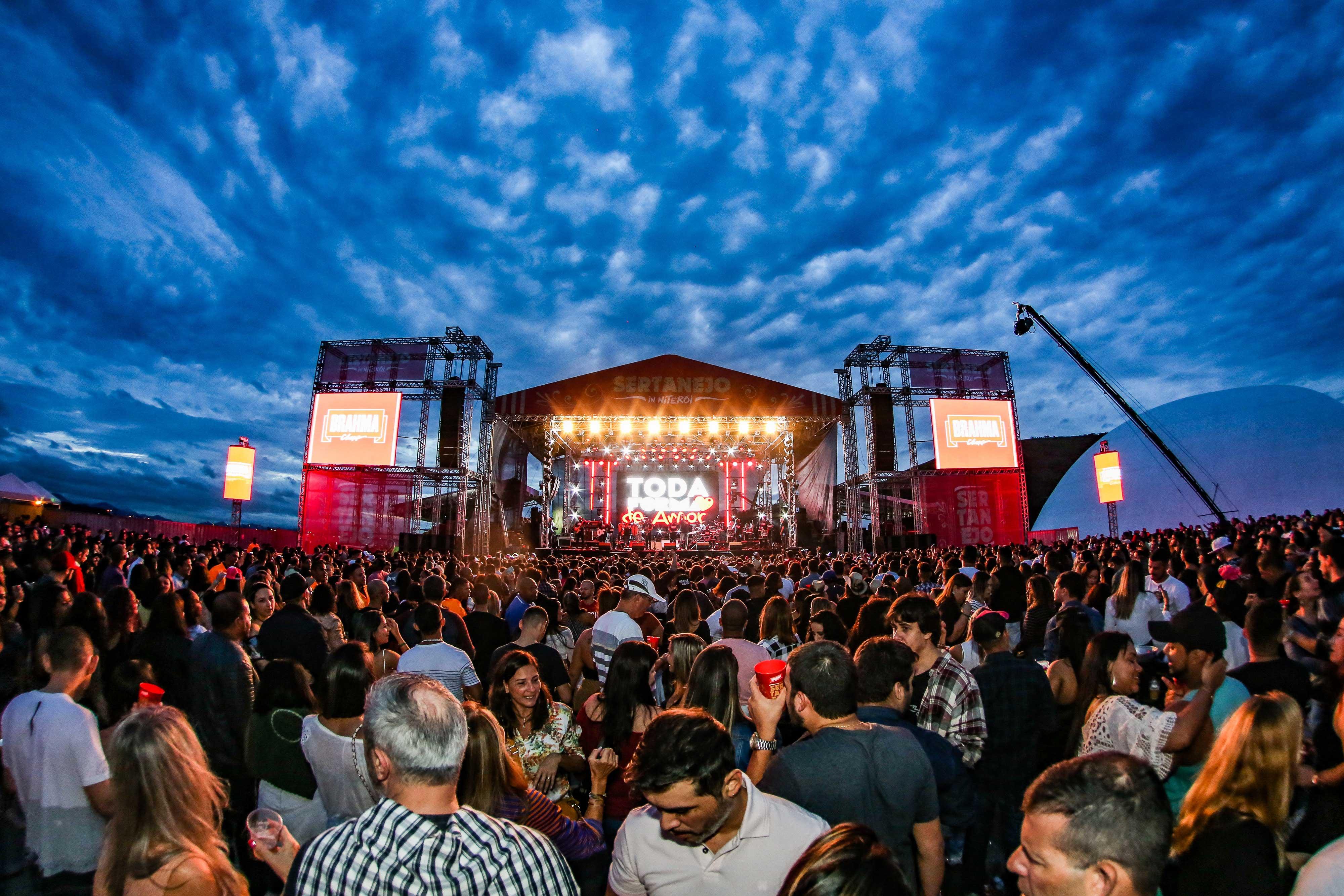 Live Concerts by capetownetc.com | Cape Town ETC