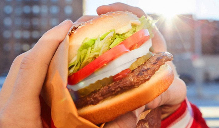 Burger King offers 5 000 free burgers