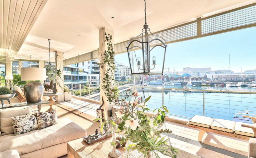 Cape Town takes 4 places in top apartments in SA