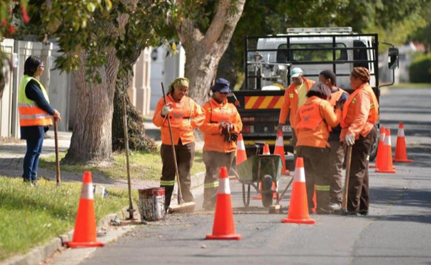 City of Cape Town patches up potholes