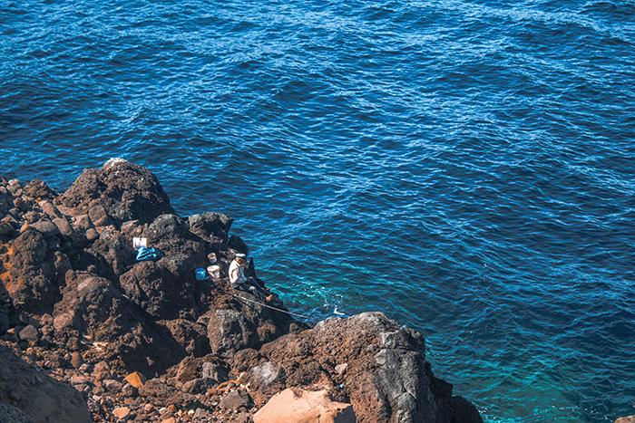 Hermanus fisherman swept off rocks