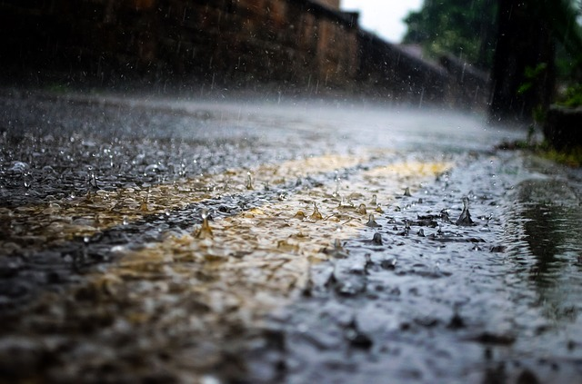Powerline outages, rockfalls and mudslides affect city