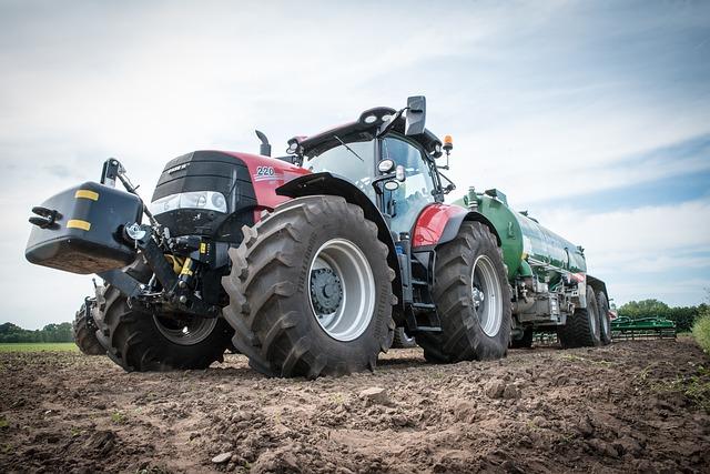 15 000 SA farmers consider fleeing to Russia