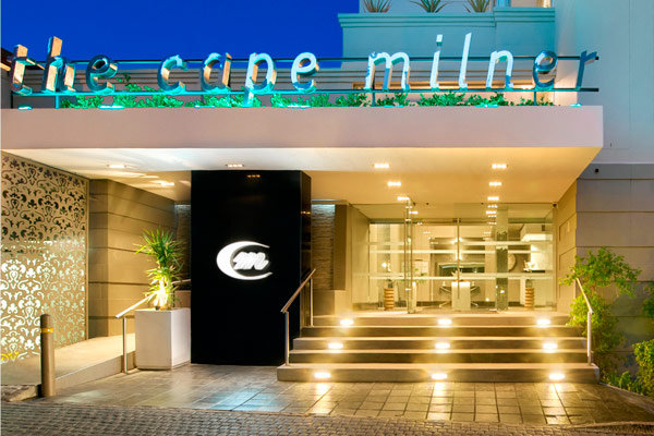 Cape Milner's Glass Lounge: A delight of elegance