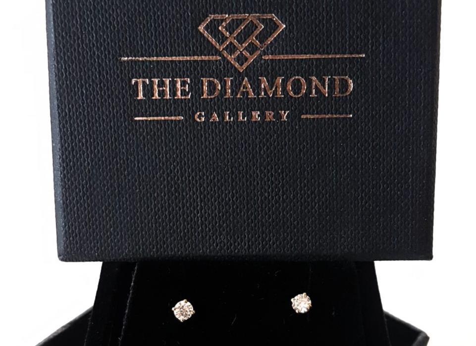 WIN: Diamond earrings for a phenomenal woman
