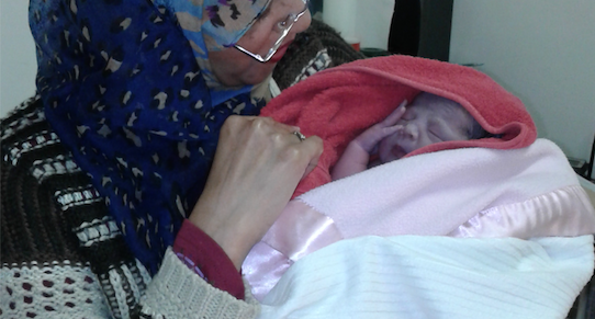 Local doctor delivers baby on Cape Town street