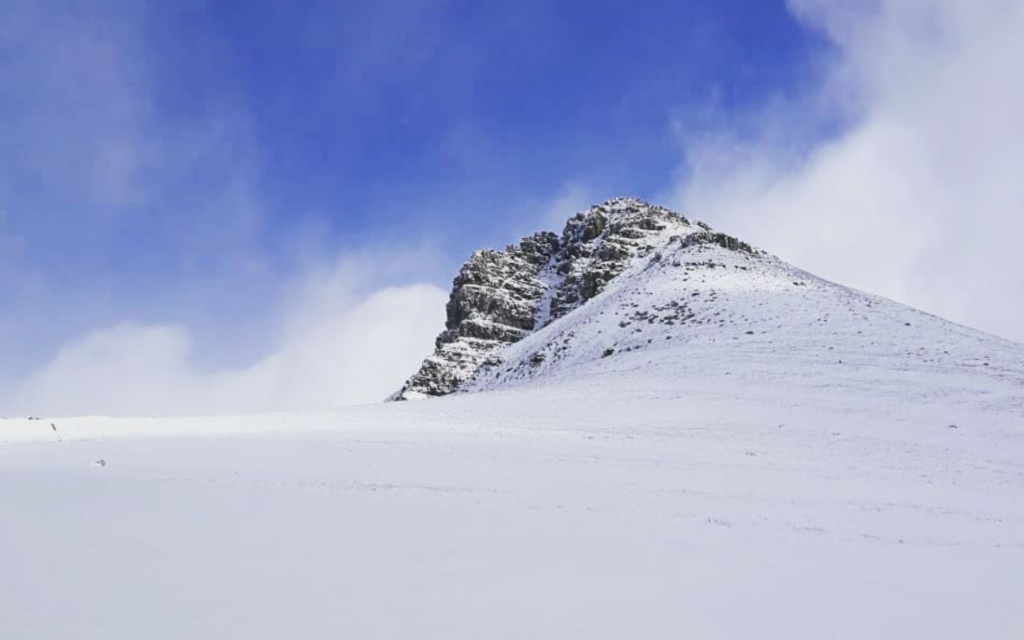 Snow covers Matroosberg