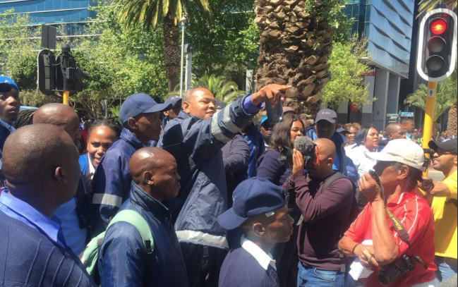 UPDATE: Stun grenades fired at MyCiti protesters