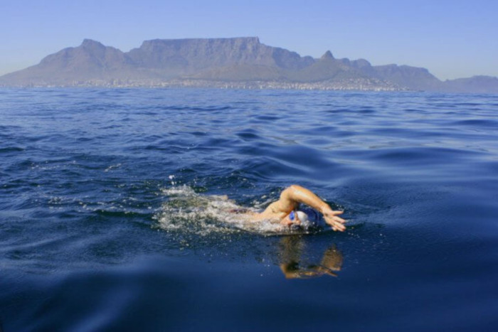 Renowned Cape ocean swimmer dies