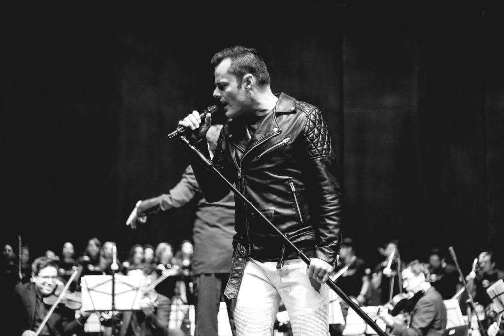 Singer dubbed 'Freddie Mercury reborn'