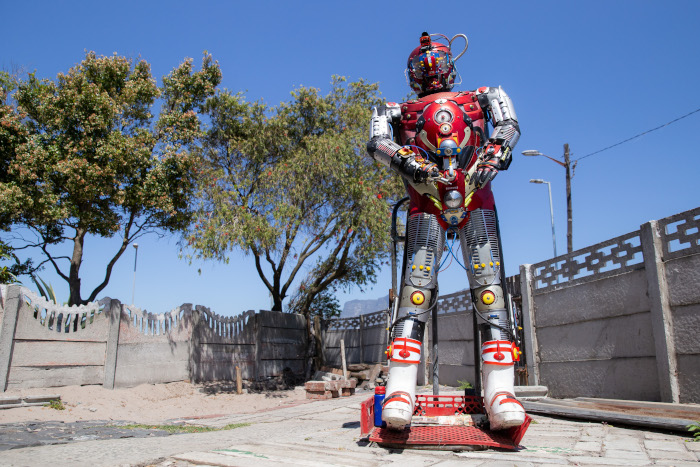 Bridgetown man makes robots from scraps