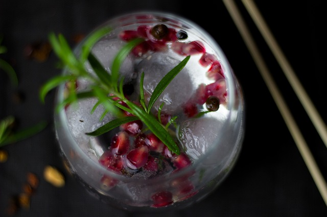 Tricks for mixing up your gin game