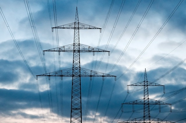 Load-shedding risk increases as coal stockpiles drop