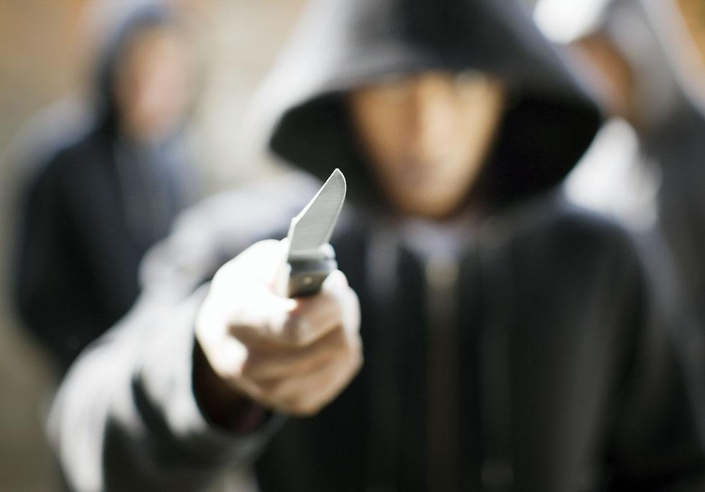 Tourists robbed at knifepoint in Hout Bay