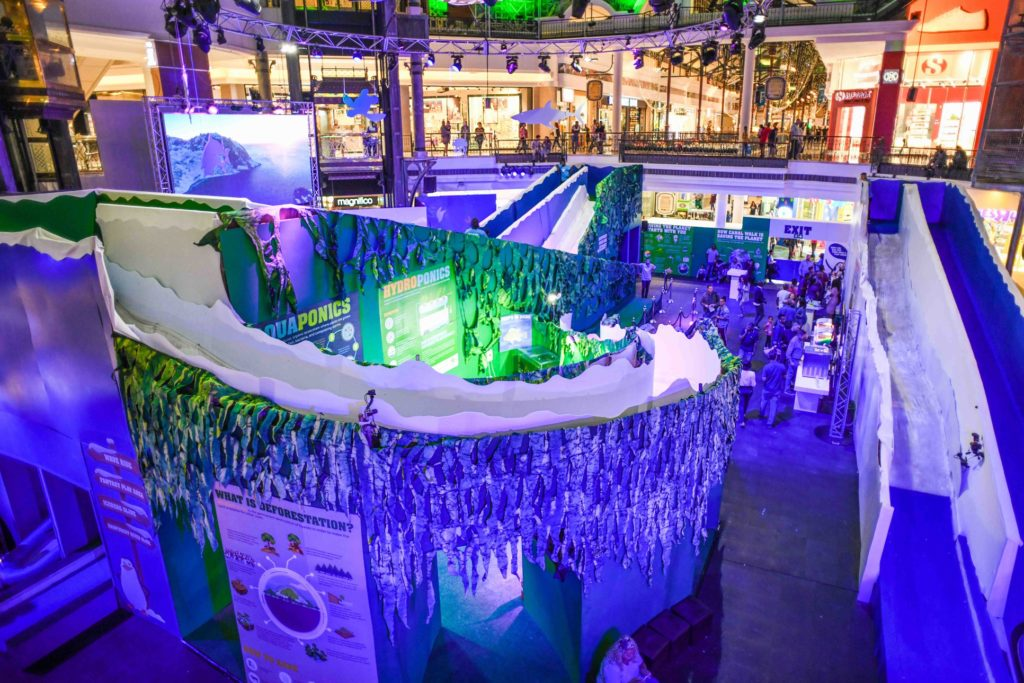WIN: 4 tickets to Canal Walk Shopping Centre's Ice Slide World (closed)