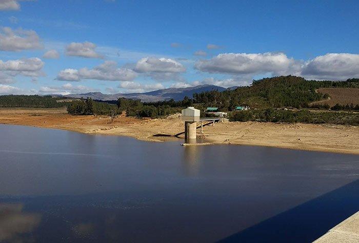Theewaterskloof dam dips under 50%