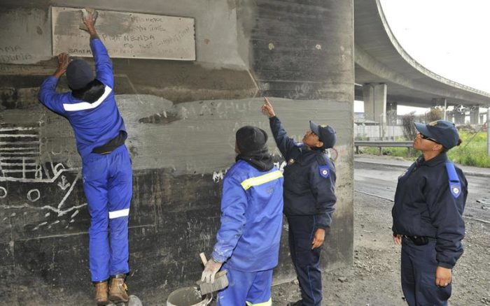 Cape illegal graffiti removal unit to expand