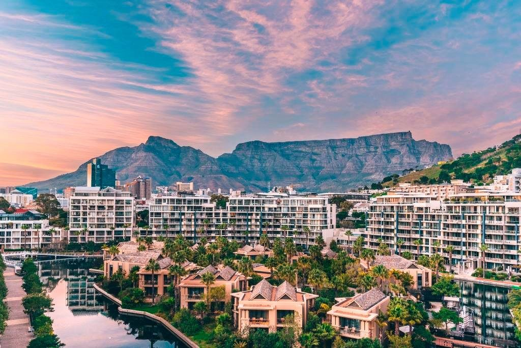 Cape Town ranks among world's best honeymoon stays