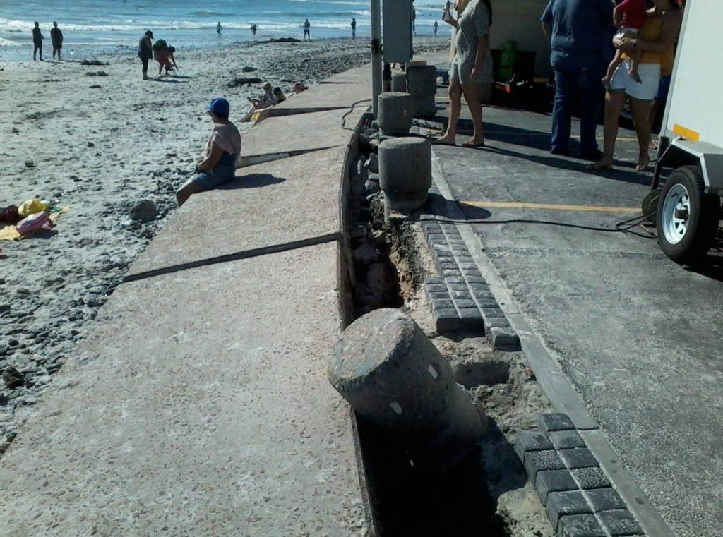 Blouberg Beach promenade falling apart