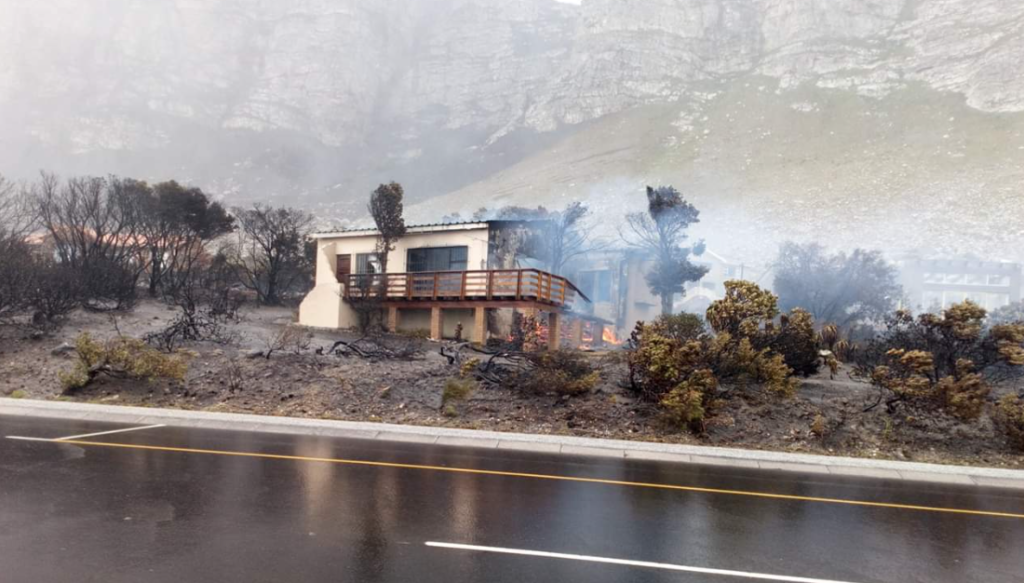 R80-million spent putting out Western Cape fires