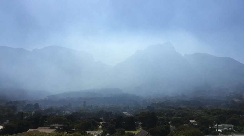 Fire breaks out on Table Mountain