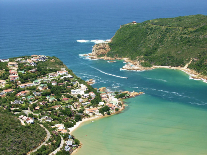 Contaminated waters in Knysna Estuary