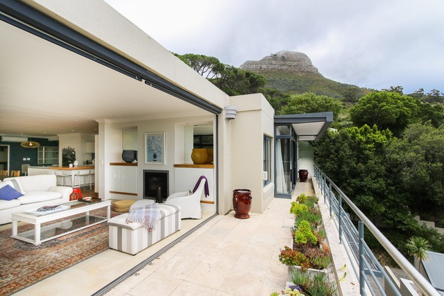 Cape Town properties break price records