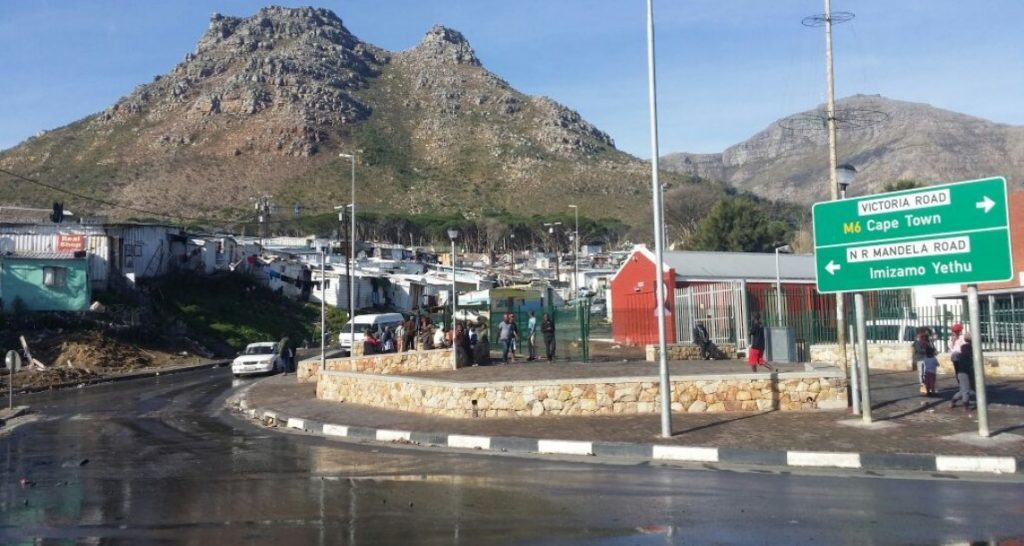 One shot in Hout Bay taxi violence