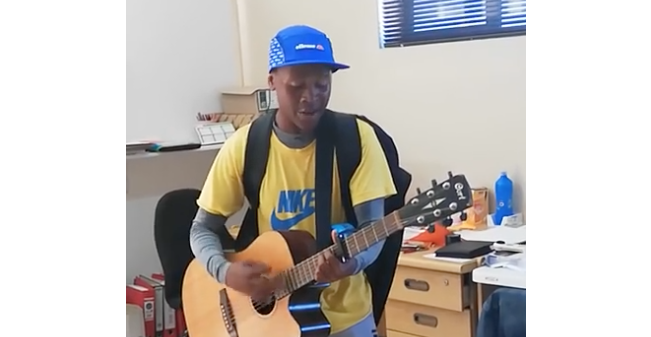Video of Western Cape singer goes viral